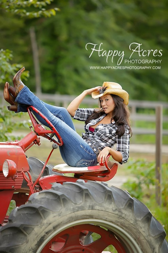 Group 1 of Sexy Girls on Tractors. | Sexy Tractor Girls