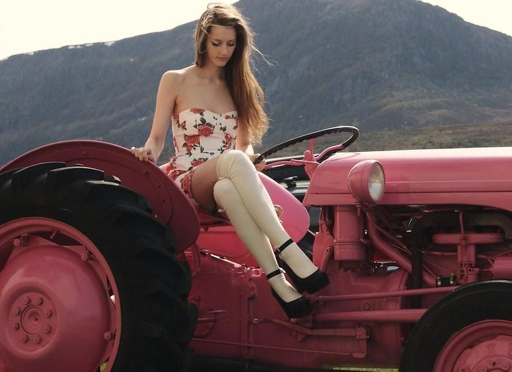 sexy-women-tractors-nude-hot-sexy-boys