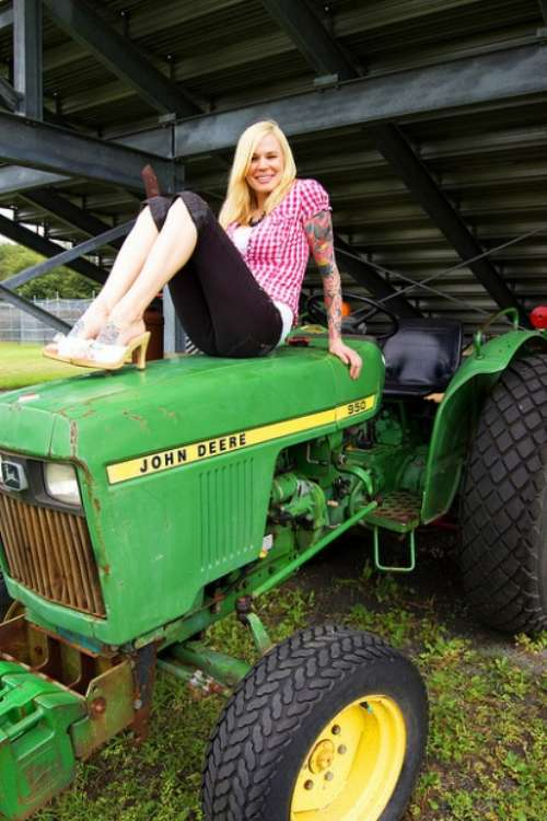 Nude forced sexy nude tractor girls pics